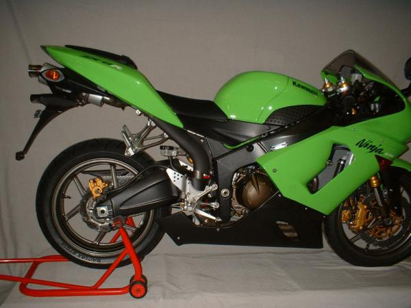 Kawasaki ZX-636 04/06